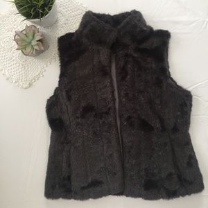 🌟 Banana Republic Grey Fur Vest